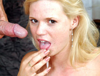 Amateur blonde gets fucked in her mouth and pussy