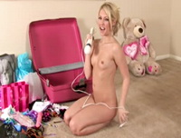 Sarah Peachez Unpacking