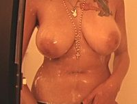 GND Nicole naked in the shower